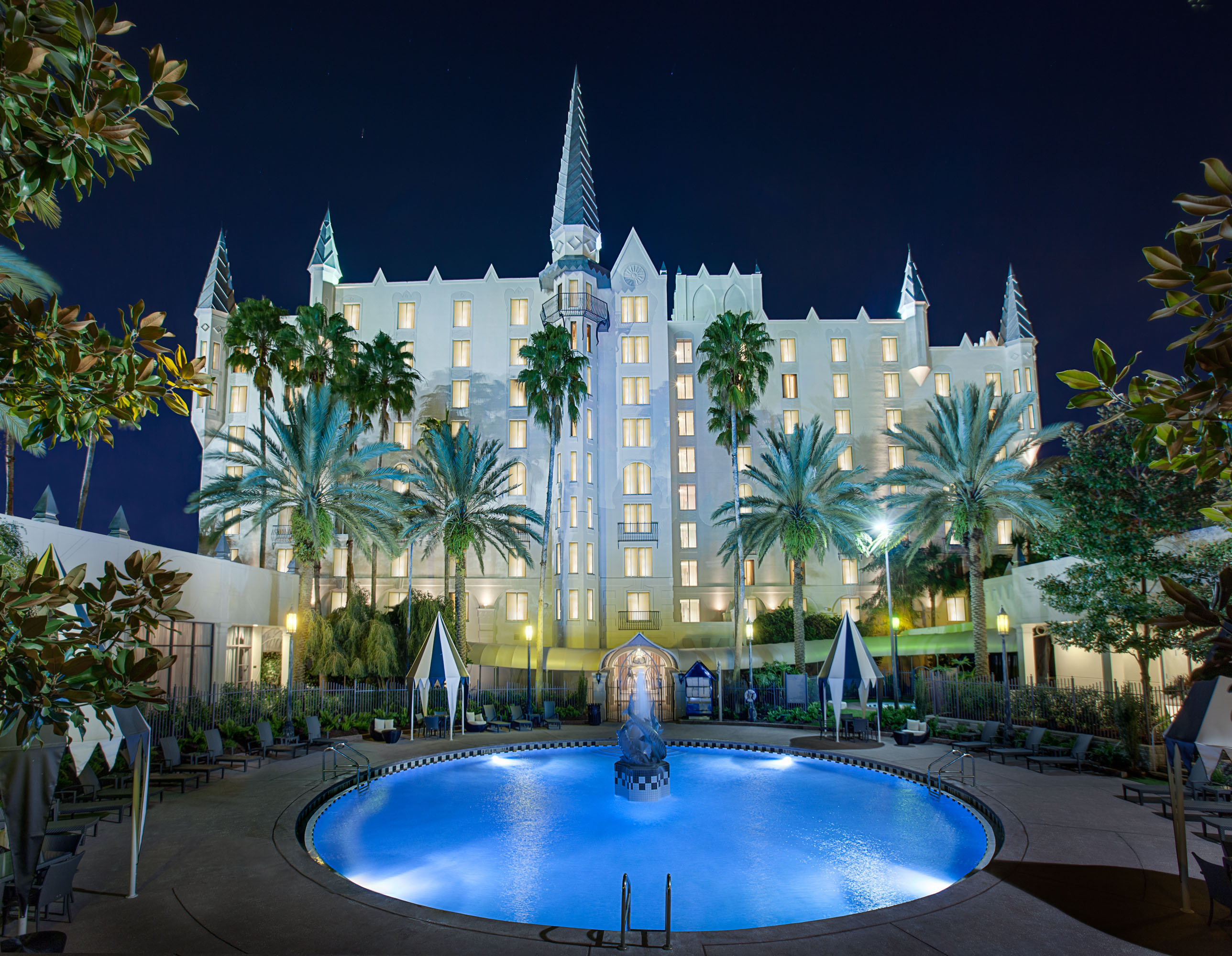 Hotel Castle Blue Castle Hotel Dresses Up For Corporate Business Karen Kuzsel