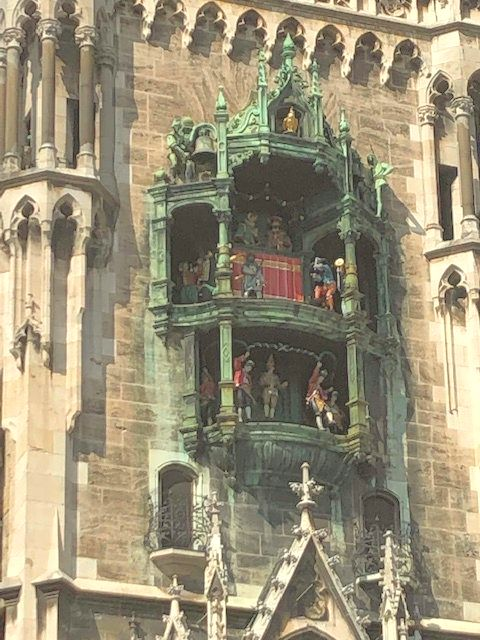 IMG_0957The Rathaus-Glockenspiel clock has 43 bells and 32 life-sized figures that dance when the clock chimes.